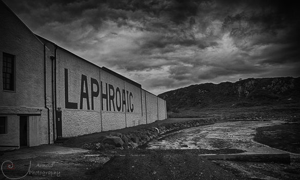 Laphroaig_Smoky Dram_Arnold Photography