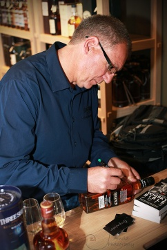 Andy Watts 2_Three Ships_Whisky_Smoky Dram_Arnold Photography